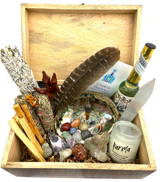 Crystal Healing Smudge Kit - 32 Premium Pieces to bring positivity & peace into your life - Sage, crystals, candle, Jewelry, and more!