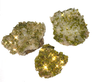 Epidote x1 - Healing Crystal - Perfect for spiritual growth, releasing negativity, and raising one's vibration!