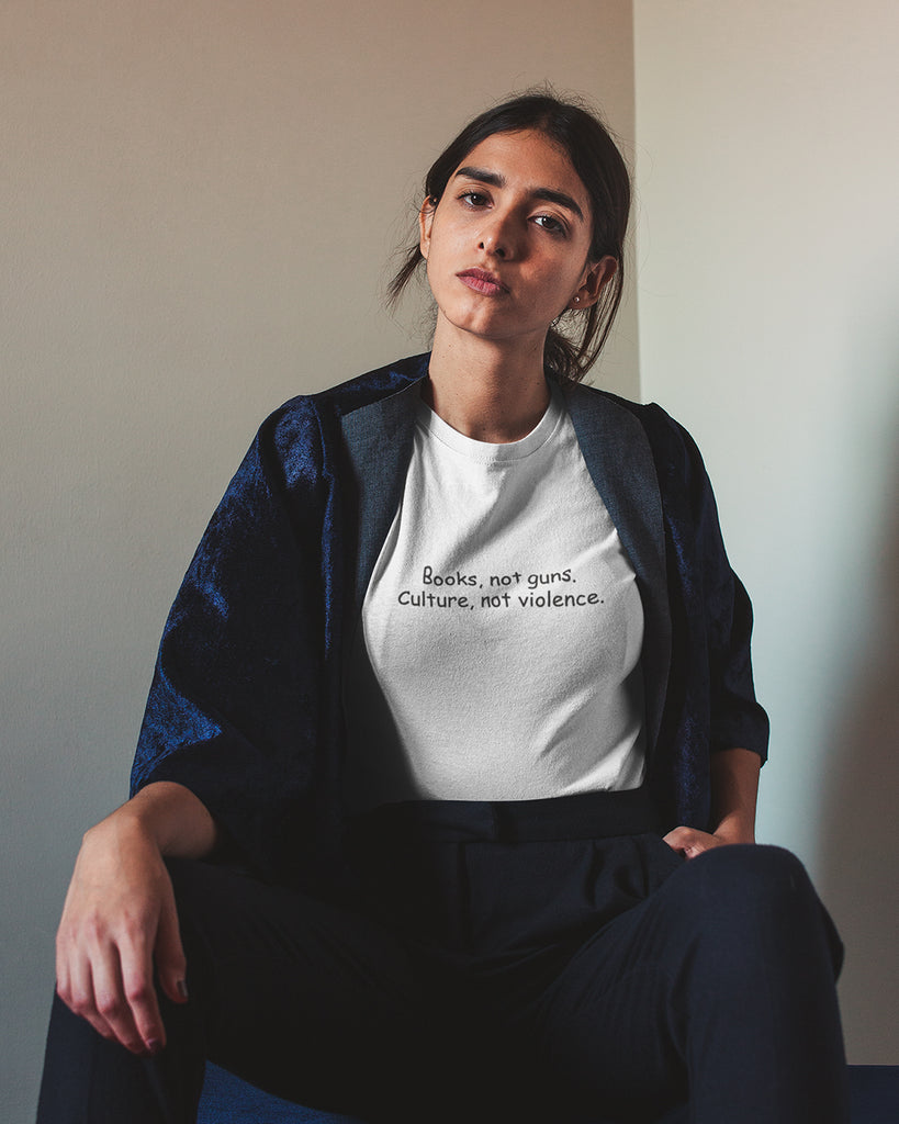 Books not guns Culture not violence T-Shirt