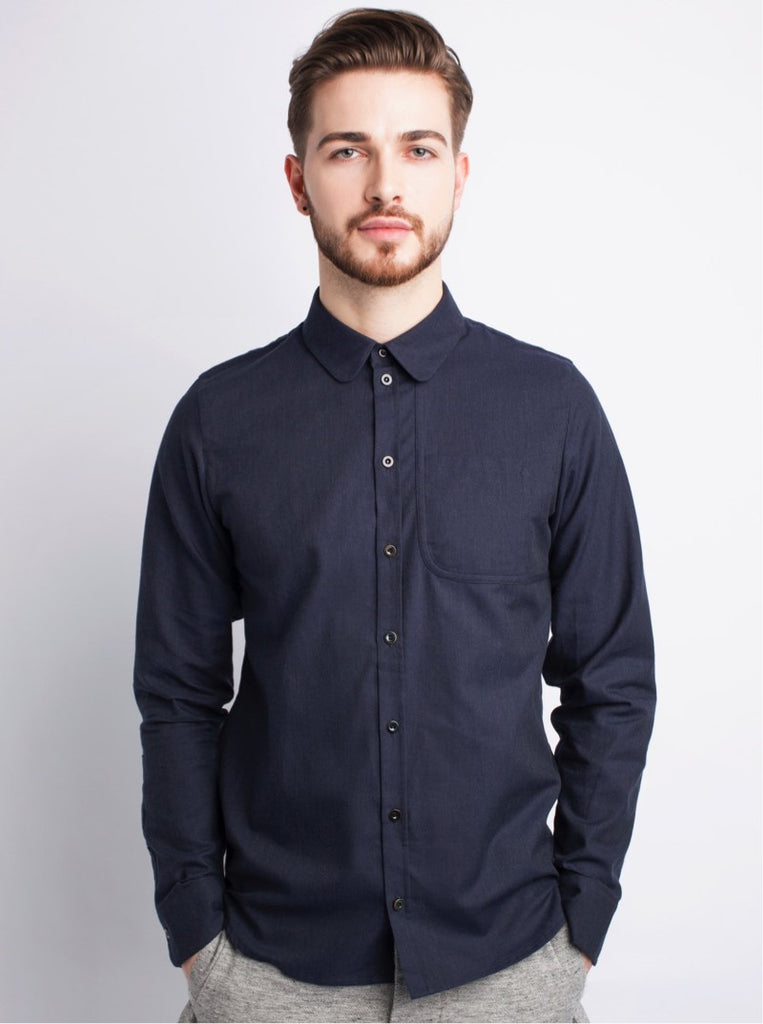 shirt with premium organic cotton and rounded collar