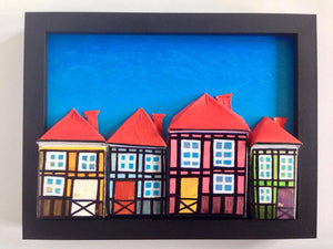 Four Tudor Style Copenhagen Houses in Black Frame with Foot