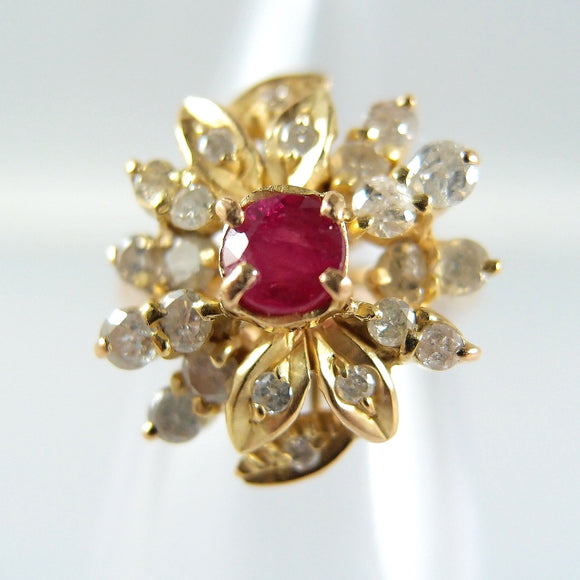 18K solid gold ring with ruby and 22 brilliant cut diamonds Stamped gold jewelry Vintage 18 carat gold jewellery