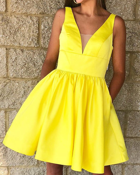Short-Satin-Homecoming-Dresses-Yellow-Party-Dresses