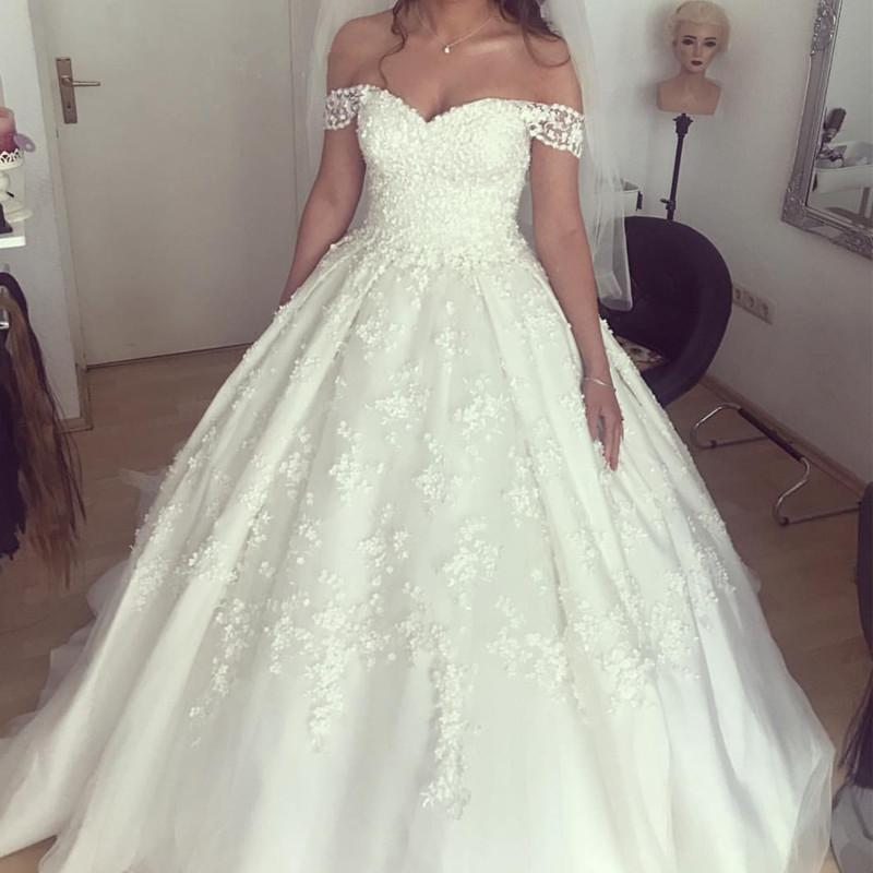 9e777c416169 Double tap to zoom · Chic Lace Appliques Sweetheart Ball Gown Wedding  Dresses Off The Shoulder