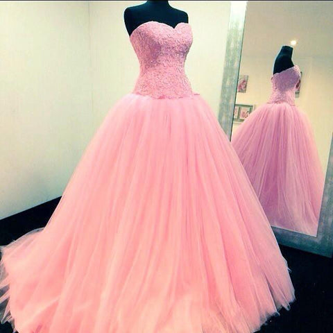 Image of Lace Appliques Sweetheart Tulle Princess Style Quinceanera Dresses