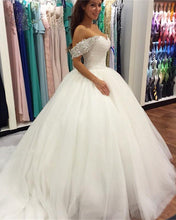 Afbeelding in Gallery-weergave laden, Princess-Ball-Gown-Wedding-Dresses