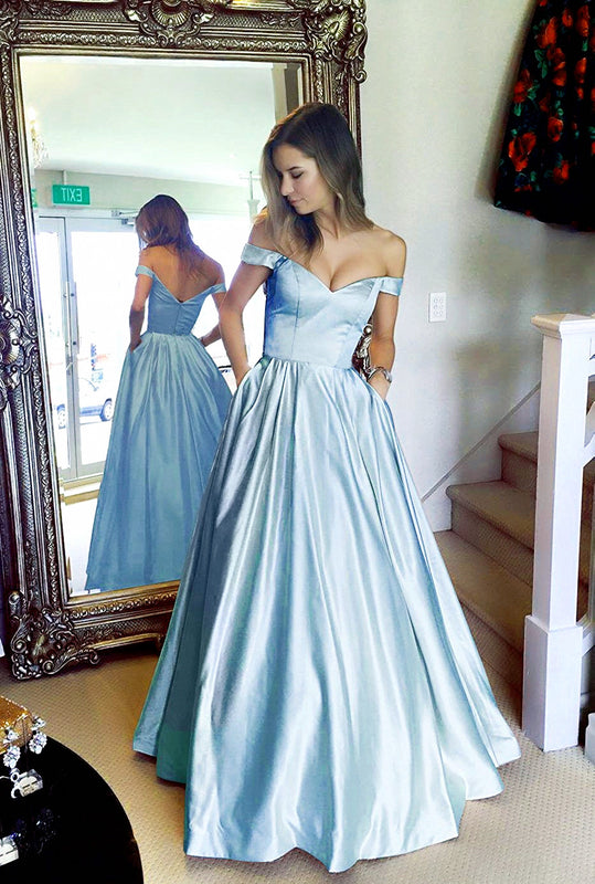 Baby-Blue-Bridesmaid-Dresses
