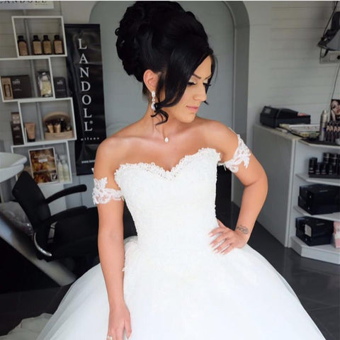 Image of Lace Appliques Sweetheart Tulle Wedding Ball Gown Dresses With Removable Straps
