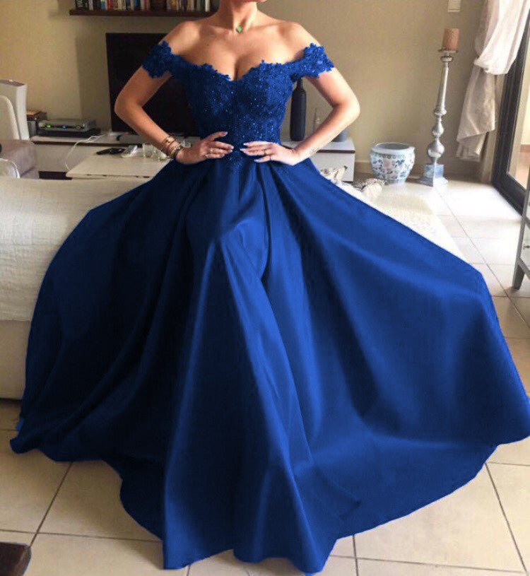 Midnight-Blue-Evening-Dresses