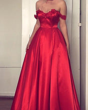 Afbeelding in Gallery-weergave laden, Lace Flowers Sweetheart Off The Shoulder Long Satin Prom Dresses
