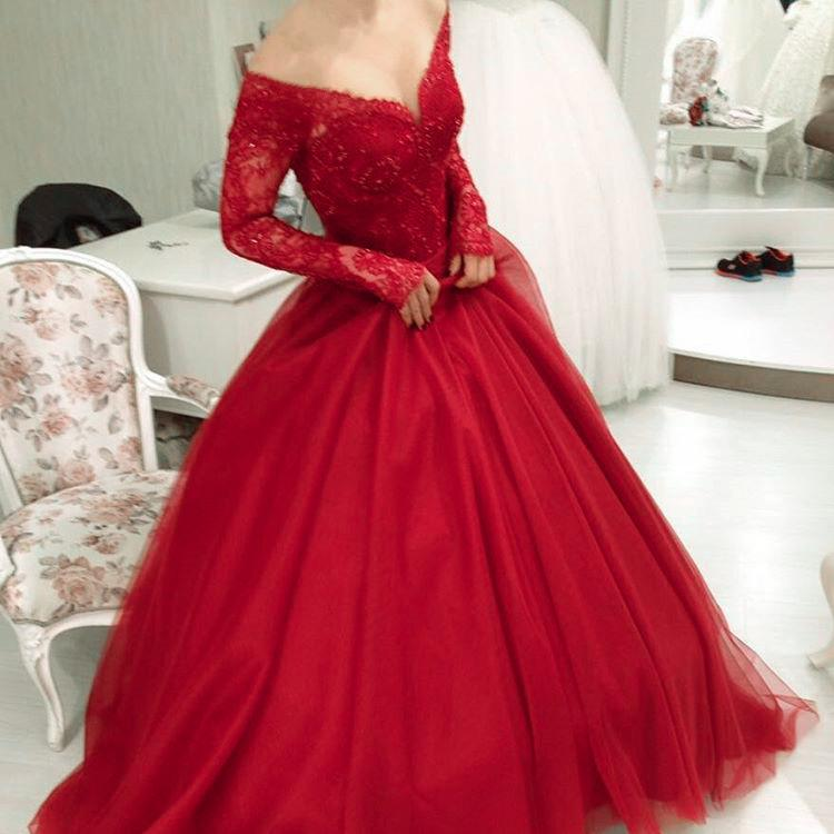 V Neck Off Shoulder Tulle Prom Dresses Ball Gowns Lace Long Sleeves