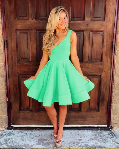 Image of Cute V Neck Ruffles Homecoming Dresses Short Mini Prom Dresses Ball Gowns