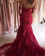 Afbeelding in Gallery-weergave laden, Charming Lace Off Shoulder Mermaid Evening Dresses