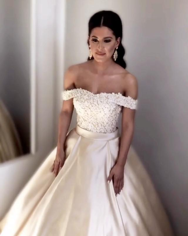 Champagne-Wedding-Dresses-Satin-Ball-Gowns-Lace-Off-The-Shoulder