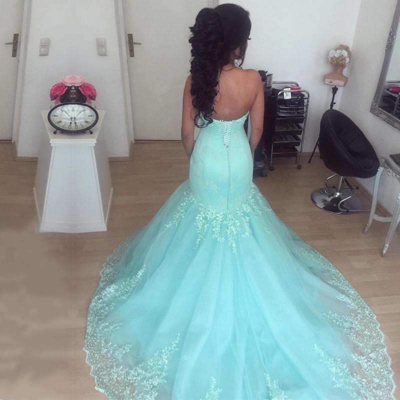 Elegant Lace Appliques Sweetheart Tulle Mermaid Evening Dresses