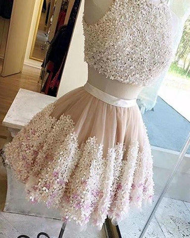 Image of Lace-Homecoming-Dresses-Short-Graduation-Dresses