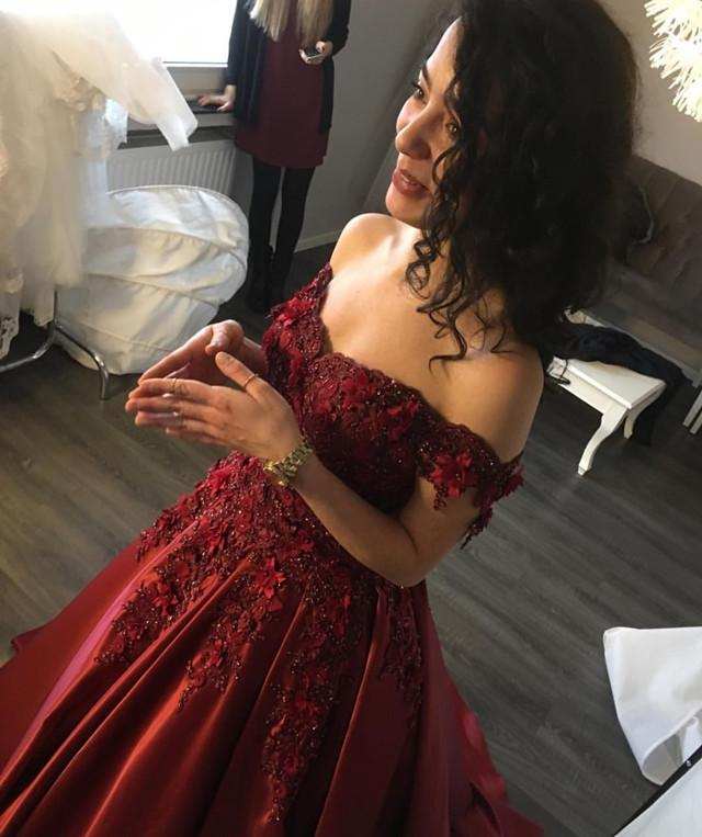 Maroon Satin Wedding Dresses Ball Gowns Lace Off Shoulder