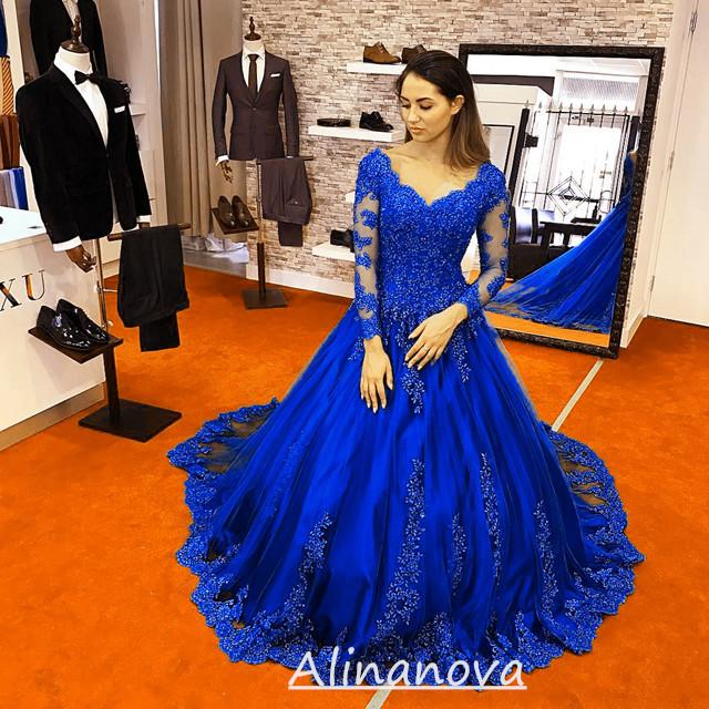 Lace Appliques Long Sleeves V Neck Ball Gowns Wedding Dresses