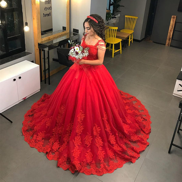 Red Lace Appliques Wedding Dresses Ball Gowns With Tassell