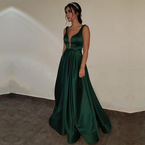 Image of emerald-green-evening-gowns
