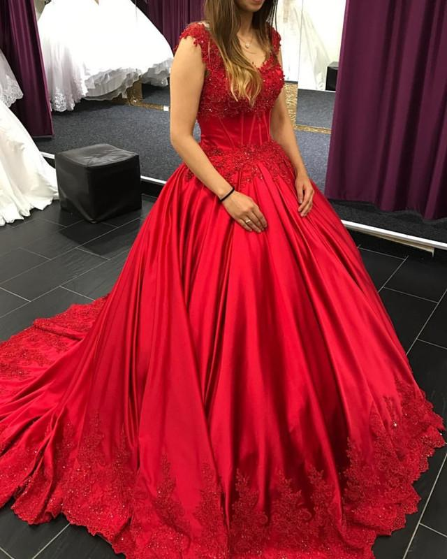 Lace Appliques V-neck  Chapel Train Satin Ball Gowns Quinceanera Dress