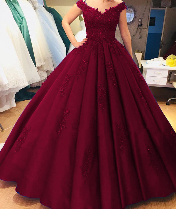 Lace V-neck Off Shoulder Satin Ball Gown Quinceanera Dresses
