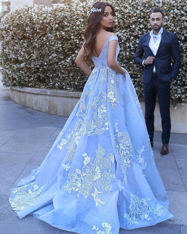 Image of prom-gowns-2018