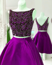 Afbeelding in Gallery-weergave laden, Purple-Homecoming-Dresses-Crystal-Beaded-Prom-Short-Dress-Two-Piece