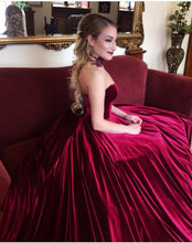 Load image into Gallery viewer, velvet-ball-gowns