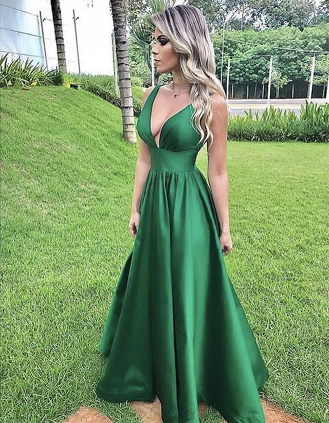 Simple Satin V-neck Empire Prom Dresses Floor Length