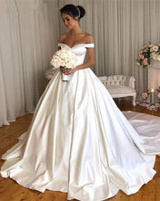Load image into Gallery viewer, Vintage-Wedding-Gowns-2019-Satin-Bridal-Dresses