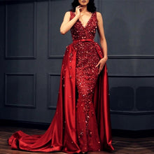 Afbeelding in Gallery-weergave laden, Charming Crystal Beaded Lace V Neck Mermaid Evening Dress Removable Skirt