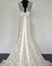 Load image into Gallery viewer, Bow Back Wedding Mermaid Lace Dresses