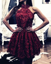 Afbeelding in Gallery-weergave laden, Burgundy Lace Homecoming Dresses Halter