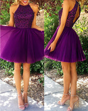 Load image into Gallery viewer, Short Grape Halter Homecoming Dresses