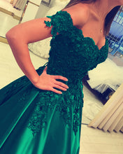 Afbeelding in Gallery-weergave laden, Green Wedding Dress