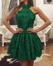 Afbeelding in Gallery-weergave laden, Emerald Green Lace Homecoming Dresses Halter