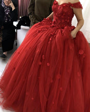 Afbeelding in Gallery-weergave laden, 3D Flowers Sweetheart Off Shoulder Organza Ball Gowns Quinceanera Dresses