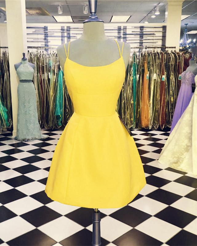Yellow-Homecoming-Dresses-Short-Open-Back-Prom-Dress