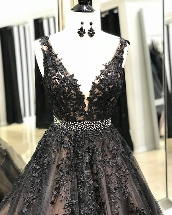 Black-Ball-Gowns