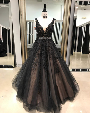 Image of Black-Quinceanera-Dresses