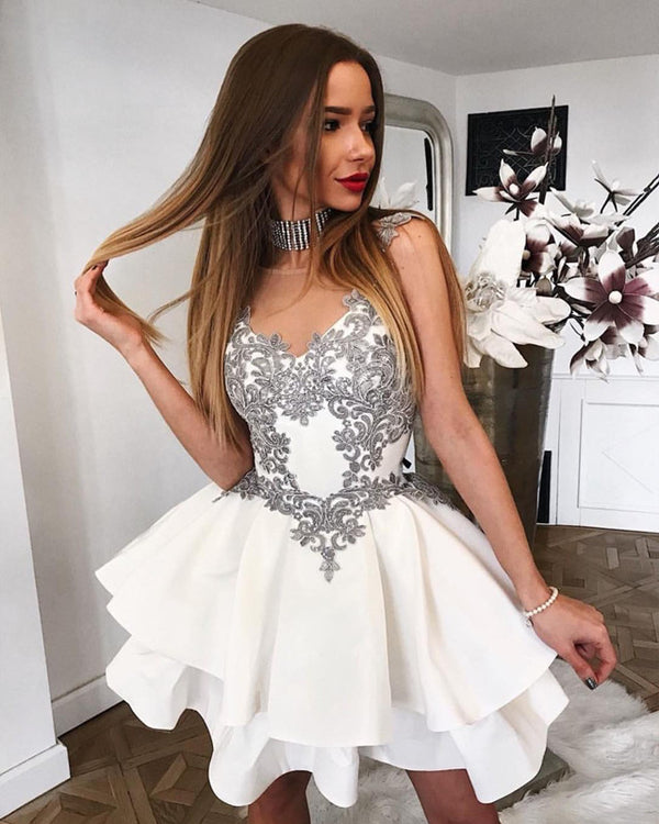 Elegant Short Silver Lace Cap Sleeves Ruffles Homecoming Dresses