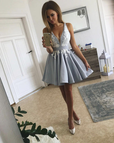 Image of Short-Silver-Gray-Homecoming-Dresses-Lace-Appliques