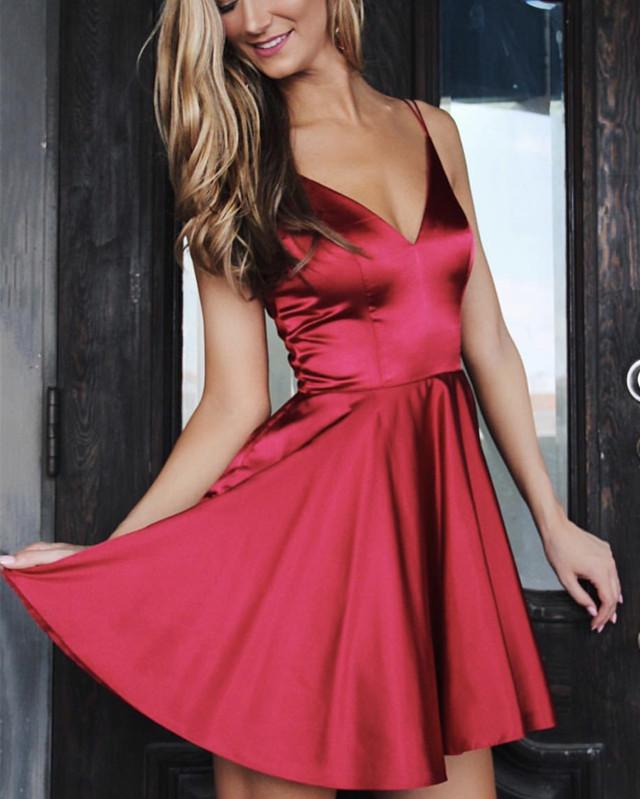 Spaghetti Straps V-neck Satin Homecoming Dresses Short Mini Cocktail Dress