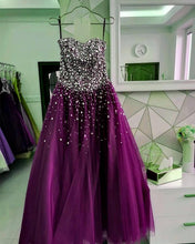 Afbeelding in Gallery-weergave laden, Strapless Bodice Corset Tulle Ball Gowns Prom Dresses Sequin Beaded