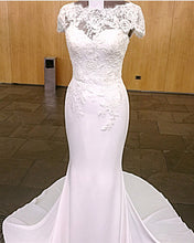 Afbeelding in Gallery-weergave laden, Lace-Appliques-Wedding-Dresses