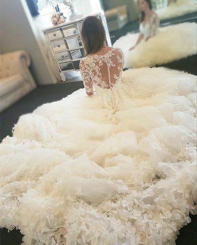 Image of Luxurious-Wedding-Dresses