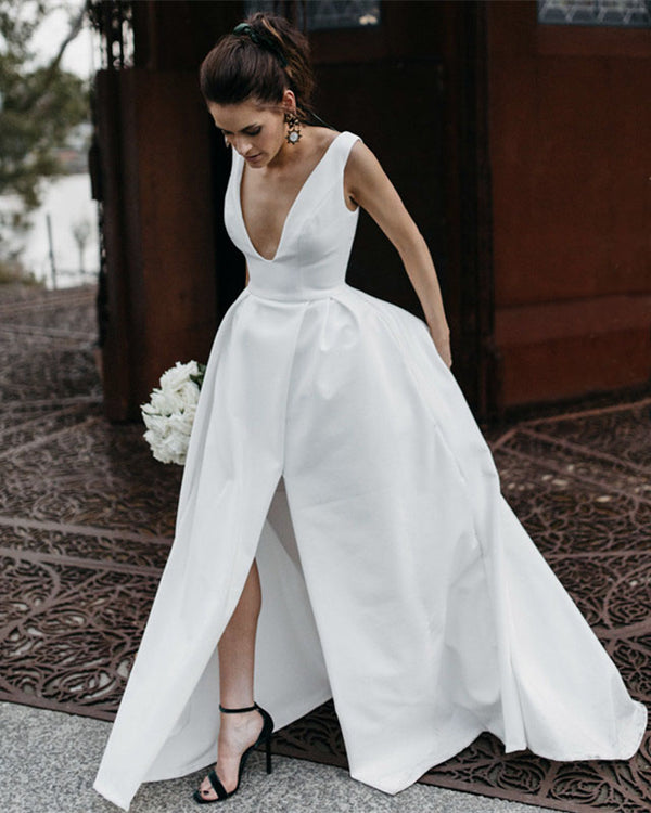 Chic Long Satin Plunge Neck Beach Wedding Dresses Leg Split