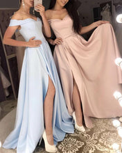 Afbeelding in Gallery-weergave laden, Long Bridesmaid Dresses Off Shoulder Satin Split Gowns