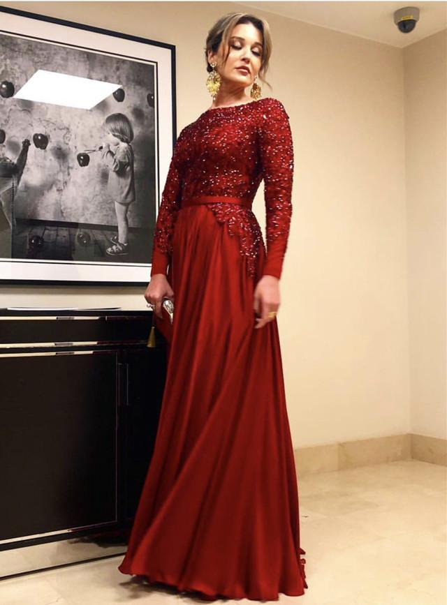 Long Sleeves Floor Length Satin Evening Dresses Sequin Beaded